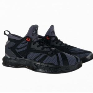 Adidas Damian Lillard 2 ZA size 4y